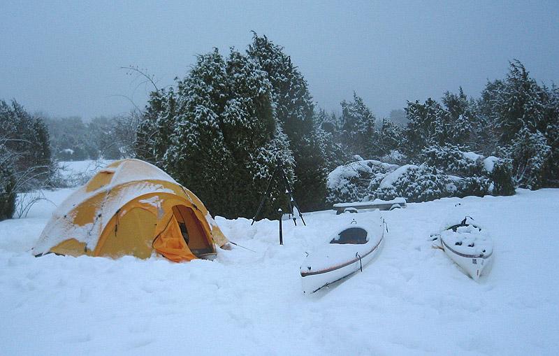 Tycker du Östra Bokö är för varmt på sommaren fungerar den perfekt som lägerö även på vintern